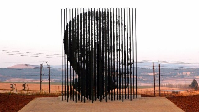 639x360_1344093329_Mandela-1