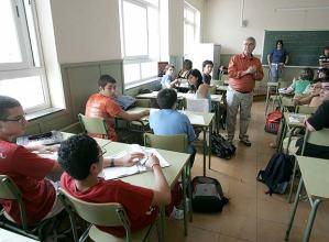 profesor_alumnos_clase_Educacion_Ciudadania