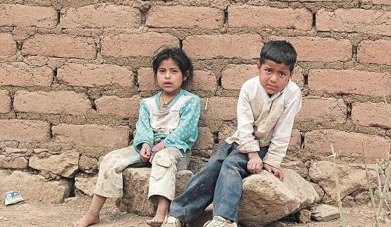 Pobres-53.8-de-ninos-en-Mexico
